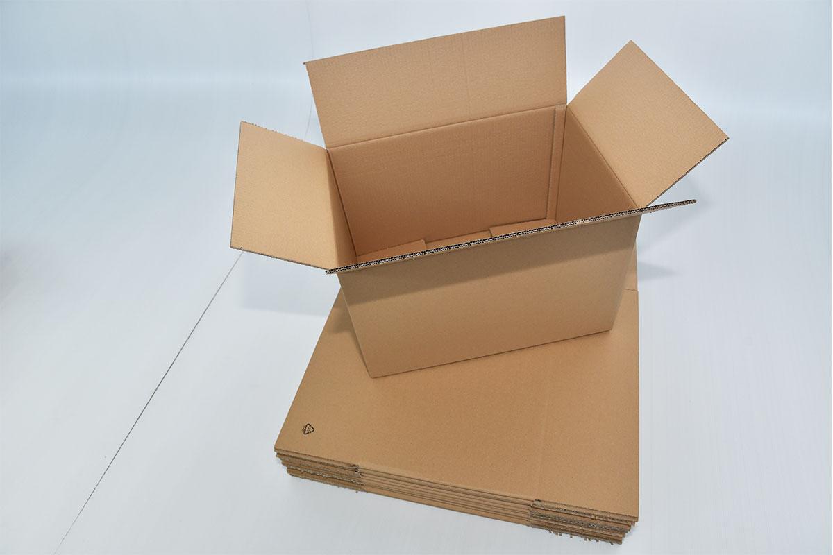 imaginea cutiei din carton ondulat clasica